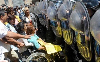 Repudio a la represión contra el pueblo argentino