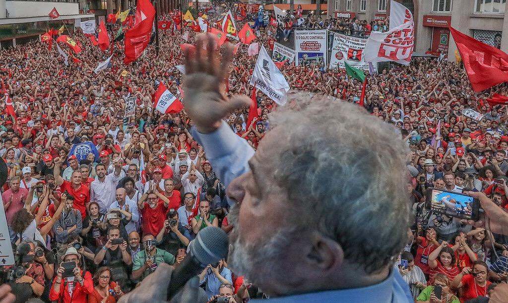 Arremetida neoliberal en Brasil